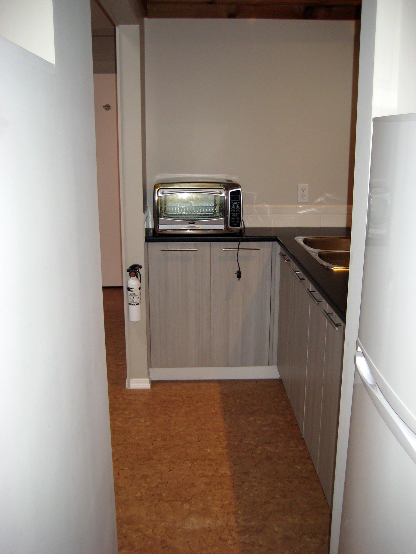 Kitchen View & Countertop Stove